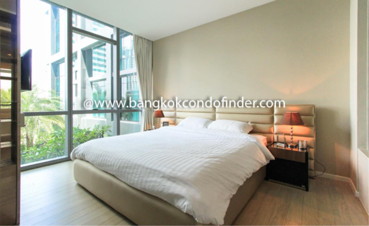 Bangkok Condo Finder Agency's The Room Sukhumvit 21 Condominium for Rent 4
