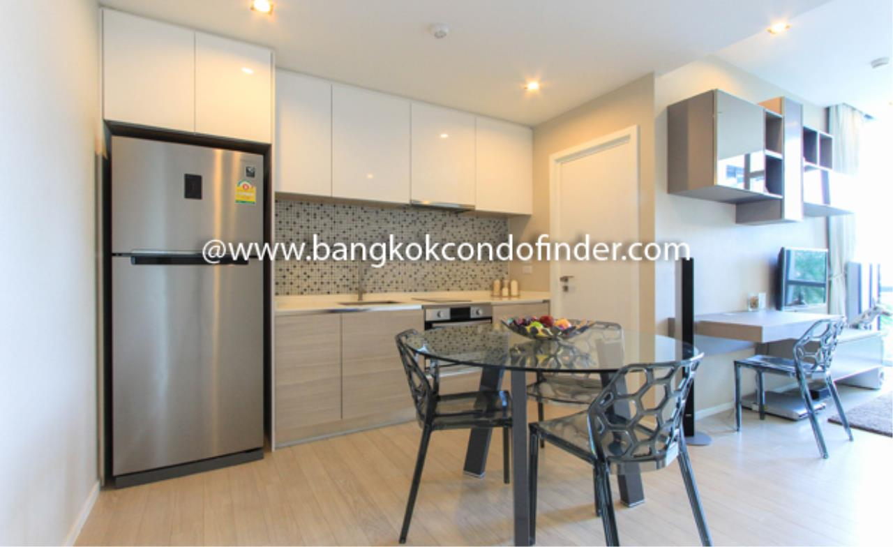 Bangkok Condo Finder Agency's The Room Sukhumvit 21 Condominium for Rent 6