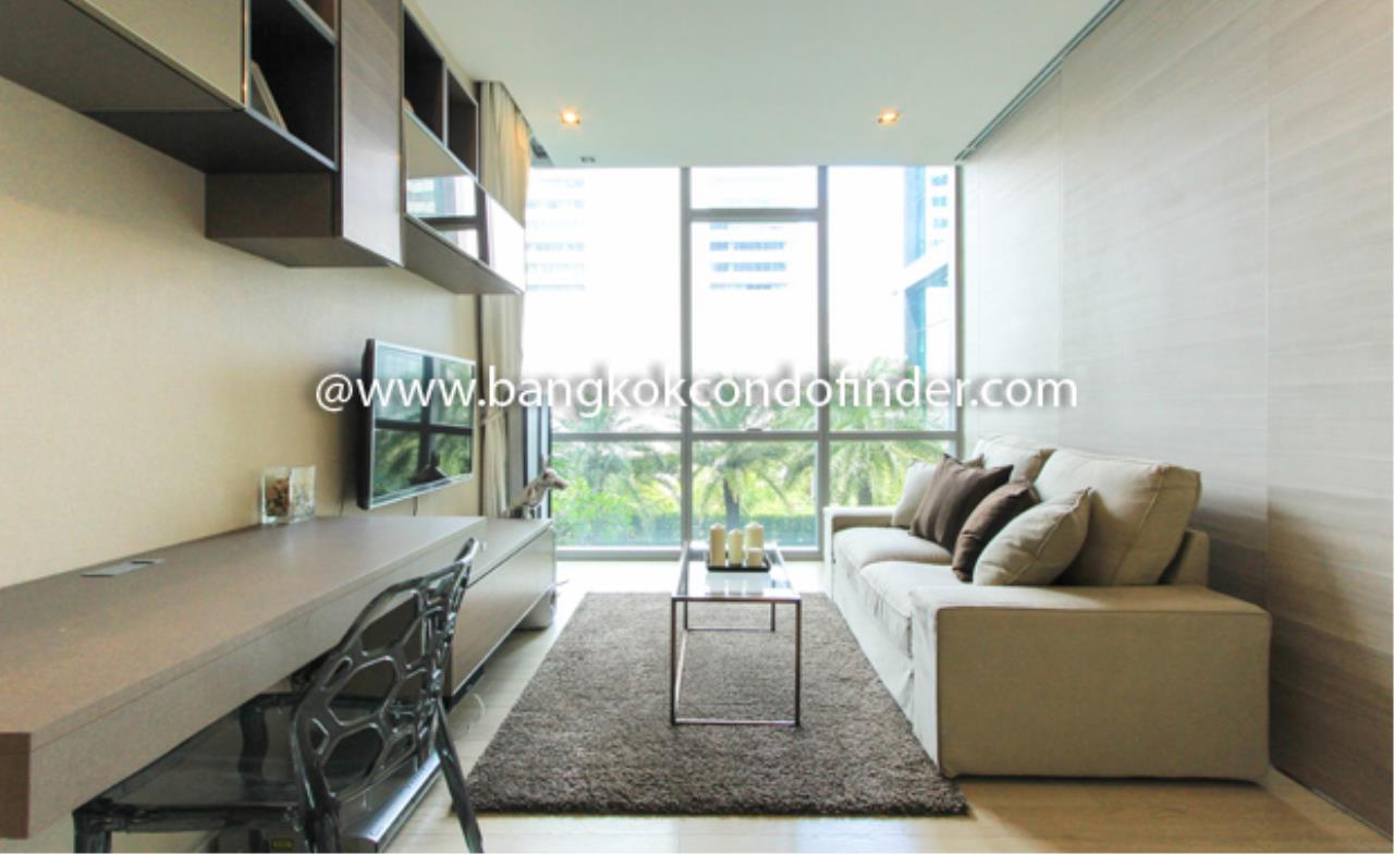 Bangkok Condo Finder Agency's The Room Sukhumvit 21 Condominium for Rent 1