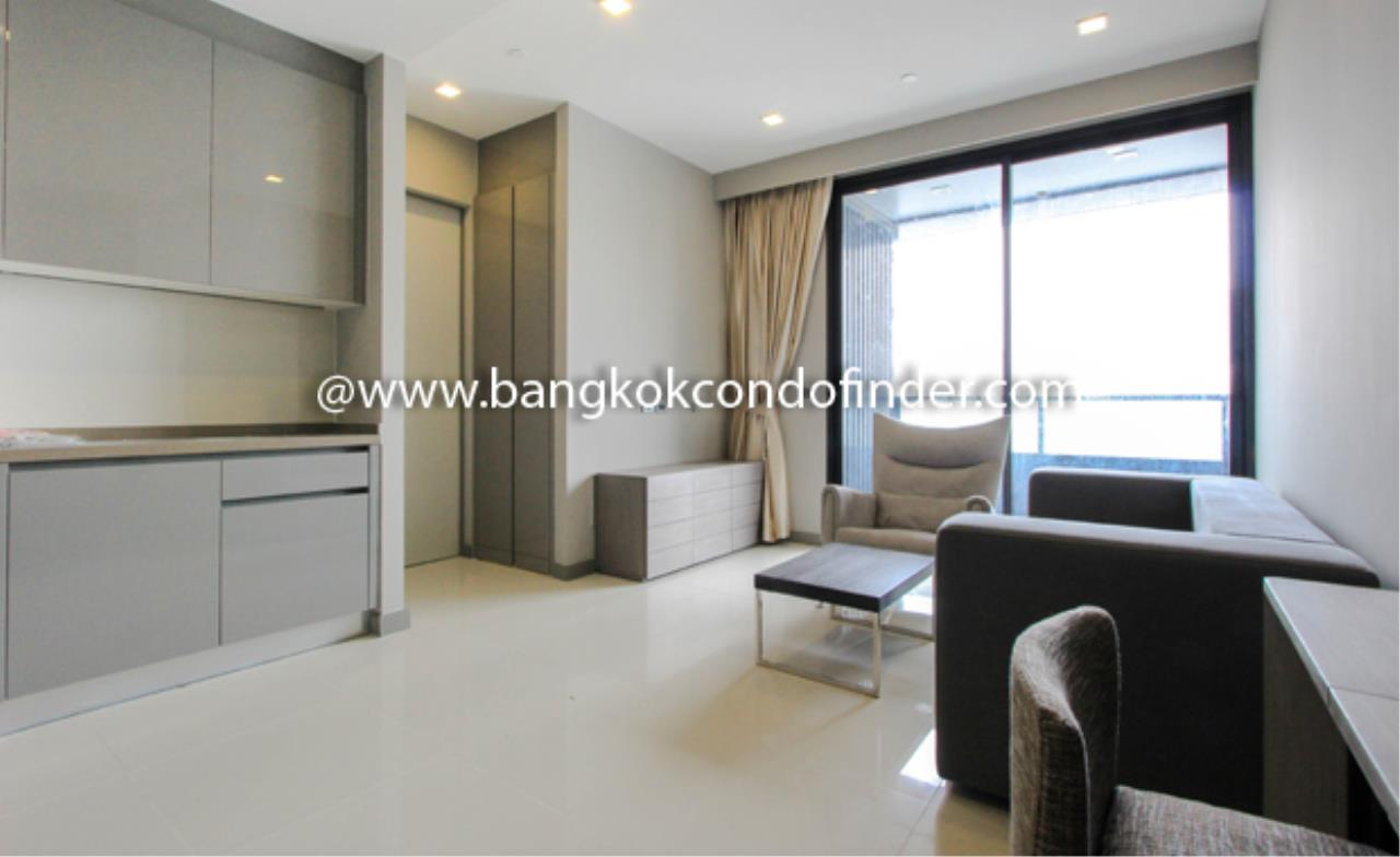 Bangkok Condo Finder Agency's M Silom Condominium for Rent 1
