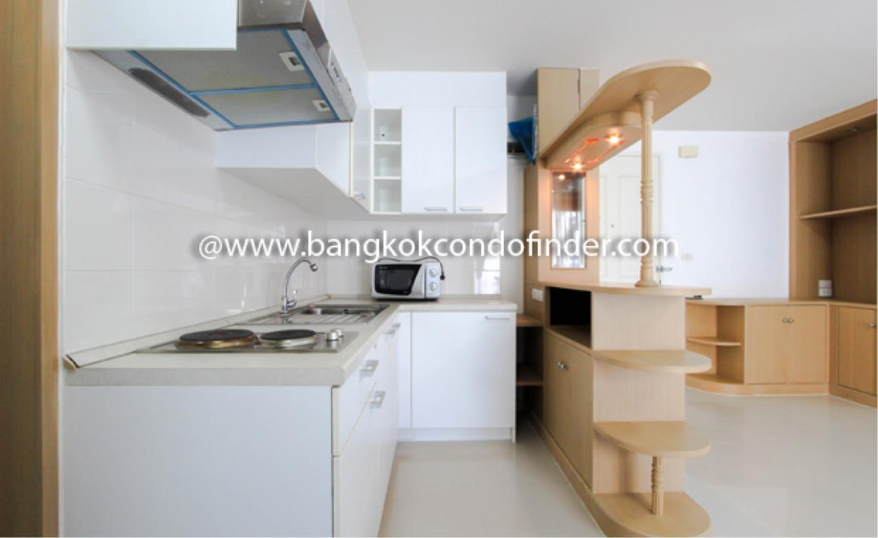 Bangkok Condo Finder Agency's The Clover Thonglor Condominium for Rent 6