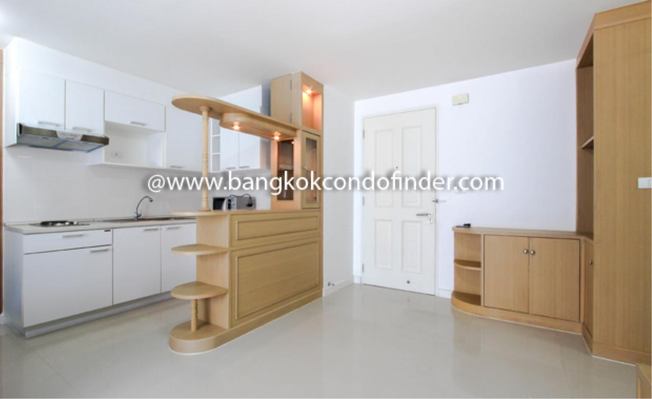 Bangkok Condo Finder Agency's The Clover Thonglor Condominium for Rent 7
