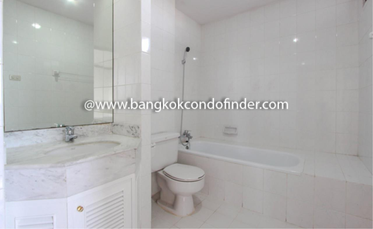 Bangkok Condo Finder Agency's Tipamas Mansion Sukhumvit 49-6 Condominium for Rent 4
