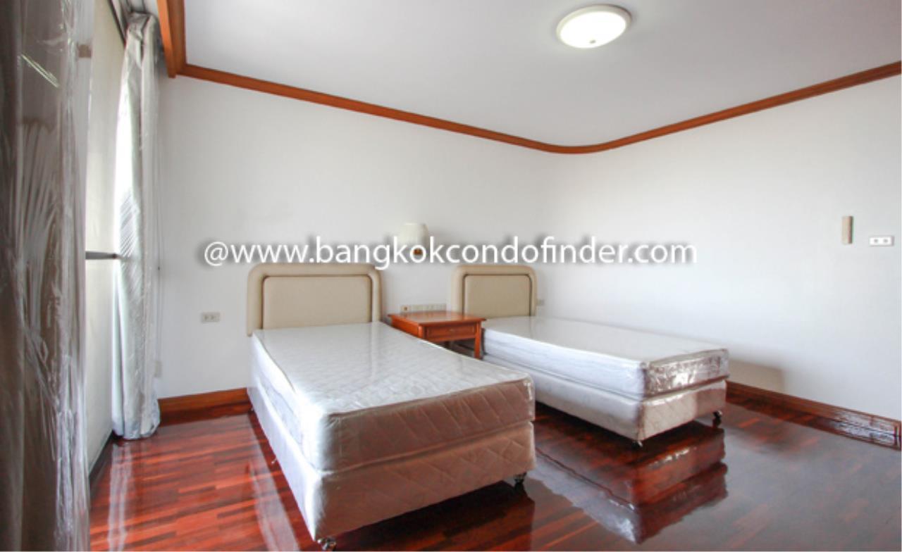 Bangkok Condo Finder Agency's Tipamas Mansion Sukhumvit 49-6 Condominium for Rent 5