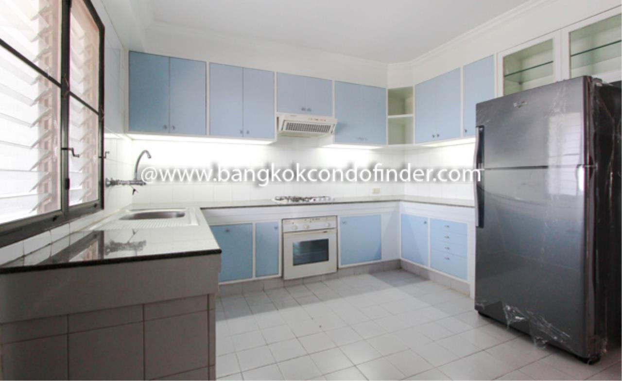 Bangkok Condo Finder Agency's Tipamas Mansion Sukhumvit 49-6 Condominium for Rent 8