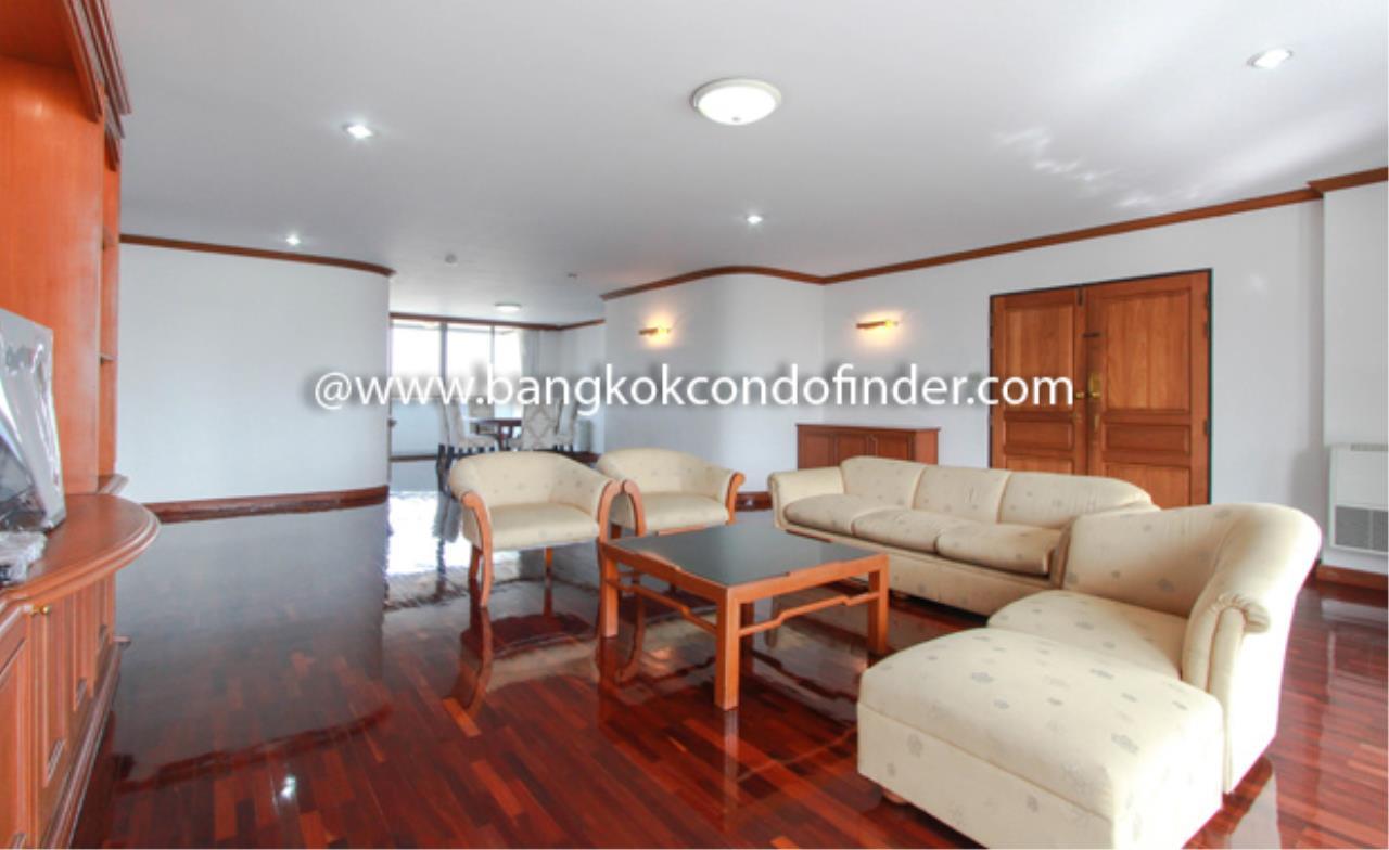 Bangkok Condo Finder Agency's Tipamas Mansion Sukhumvit 49-6 Condominium for Rent 10
