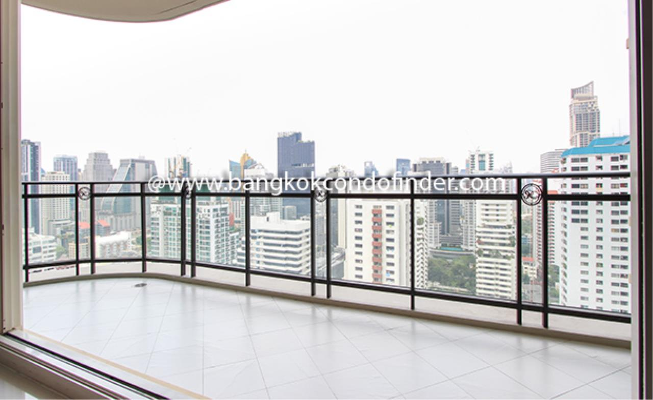 Bangkok Condo Finder Agency's Royce Private Residence Condominium for Rent 15