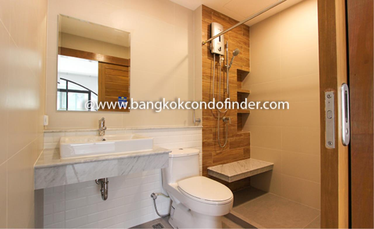 Bangkok Condo Finder Agency's Moobaan Chicha Castle Townhouse for Rent 11
