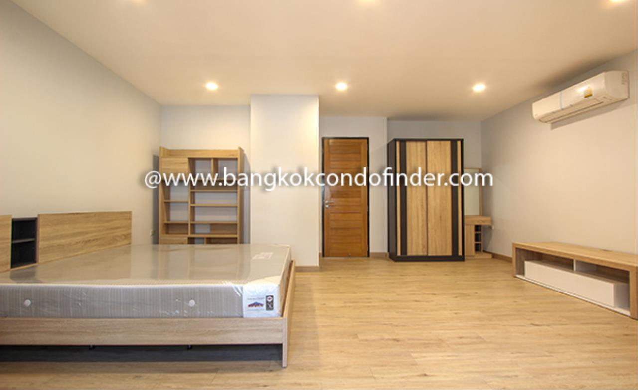 Bangkok Condo Finder Agency's Moobaan Chicha Castle Townhouse for Rent 8