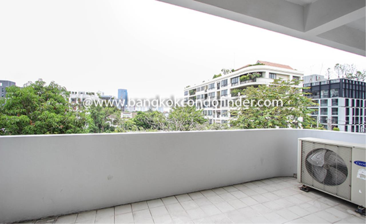 Bangkok Condo Finder Agency's Aramvej Apartment for Rent 19