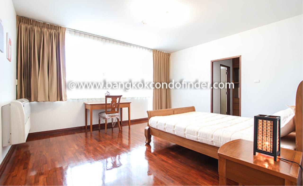 Bangkok Condo Finder Agency's Aramvej Apartment for Rent 10