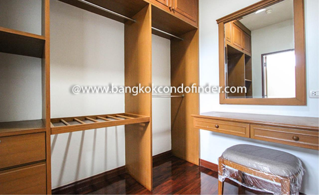 Bangkok Condo Finder Agency's Aramvej Apartment for Rent 12