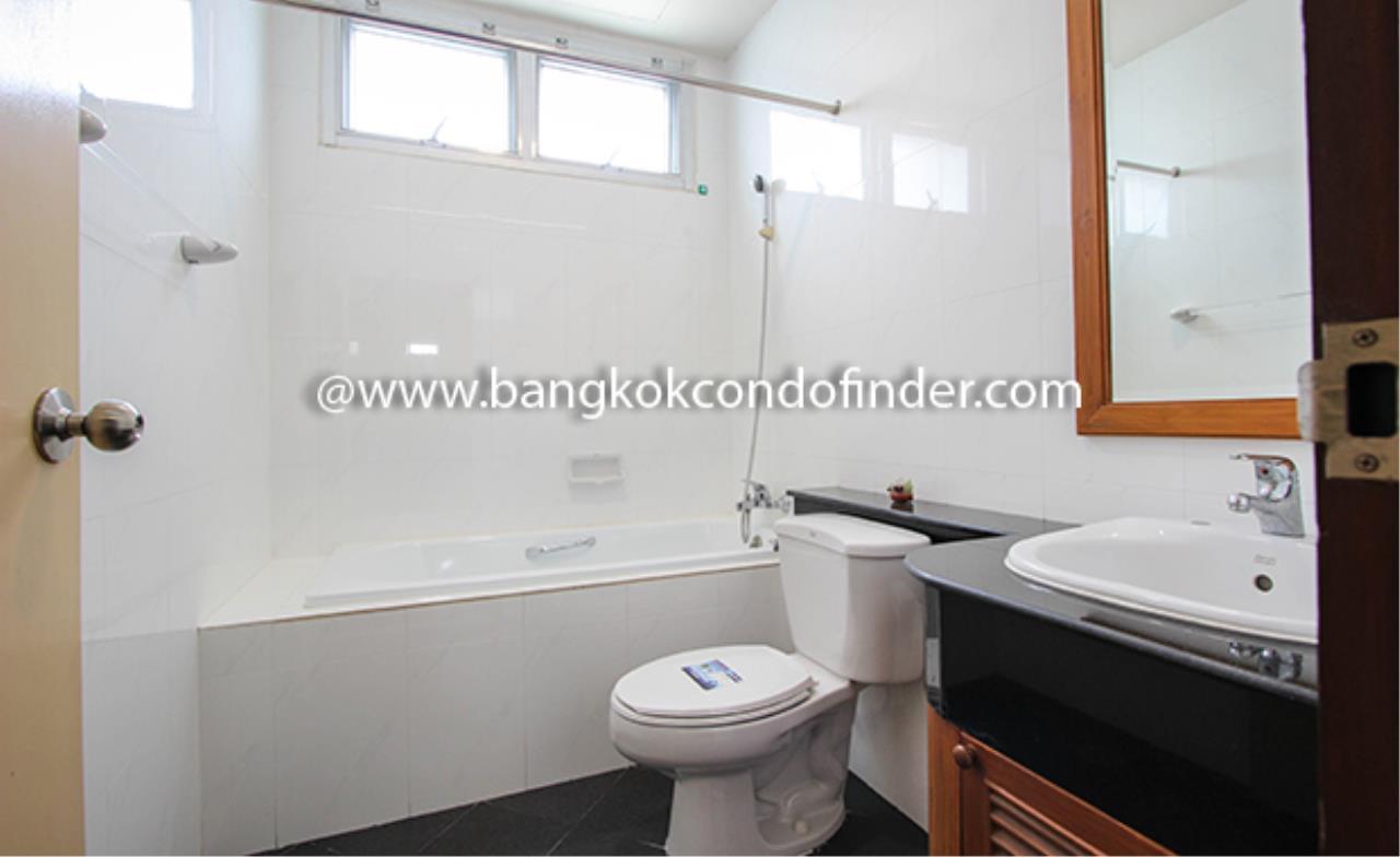 Bangkok Condo Finder Agency's Aramvej Apartment for Rent 16