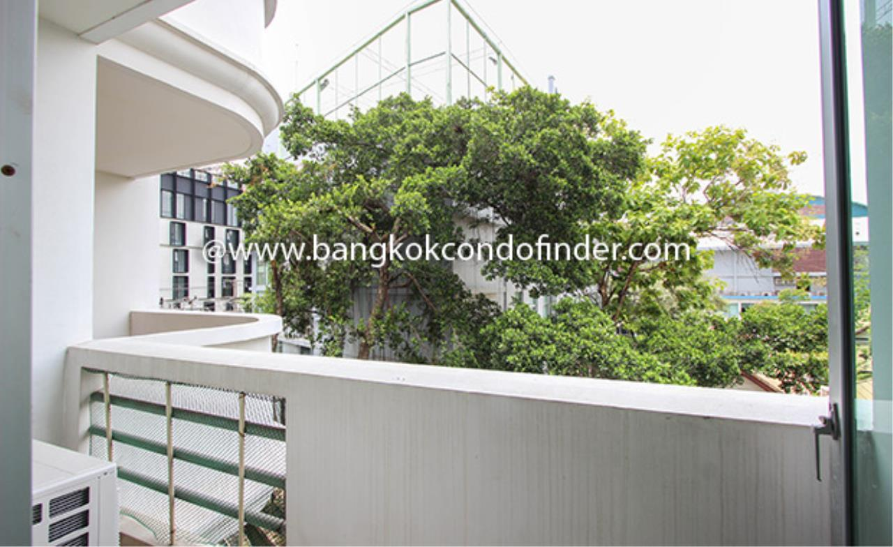 Bangkok Condo Finder Agency's Aramvej Apartment for Rent 17