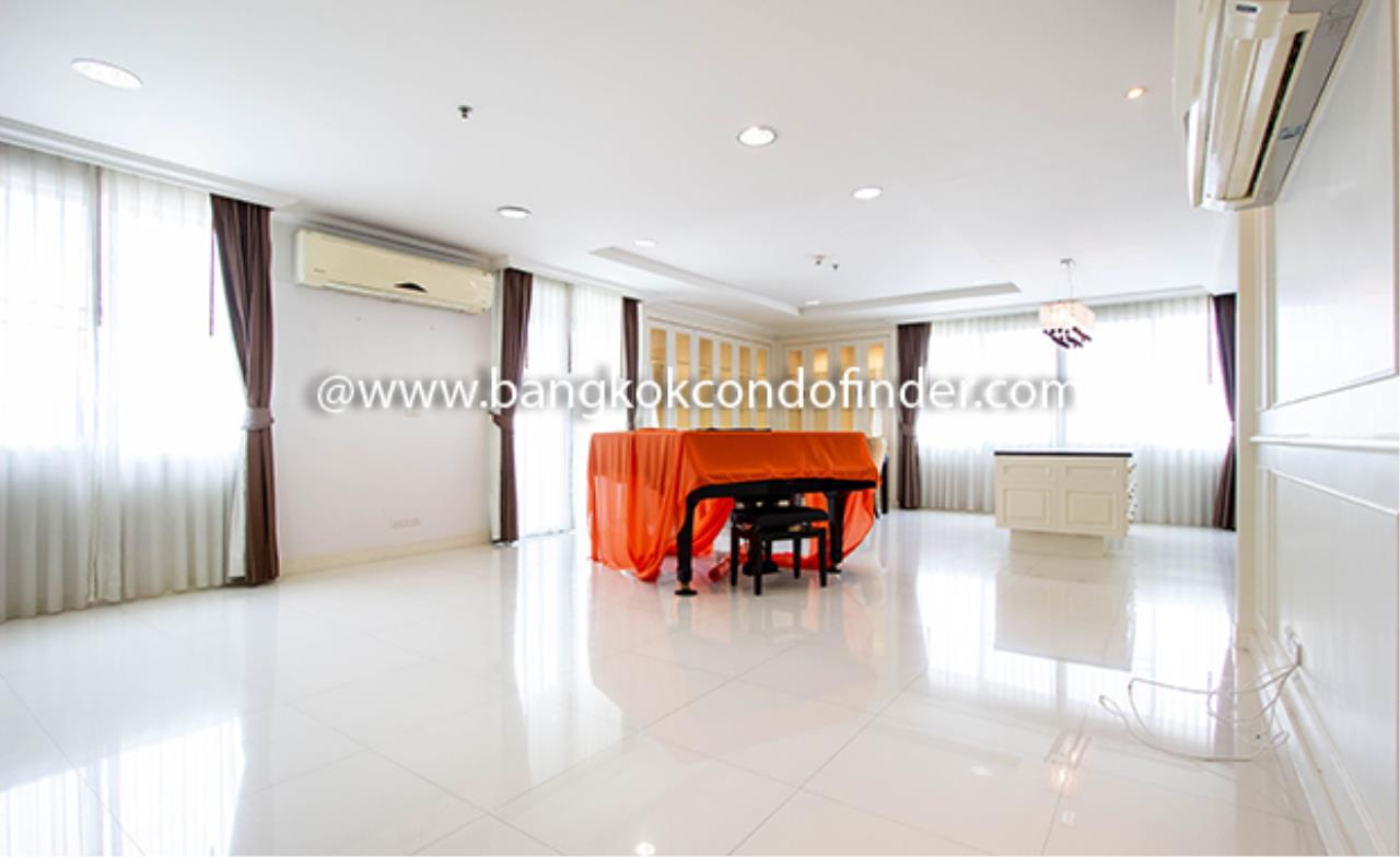 Bangkok Condo Finder Agency's Piyathip Place Apartment for Rent 1