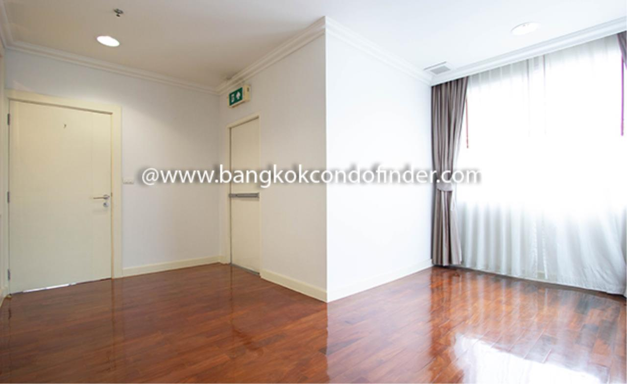 Bangkok Condo Finder Agency's Piyathip Place Apartment for Rent 22