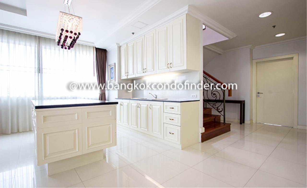 Bangkok Condo Finder Agency's Piyathip Place Apartment for Rent 4