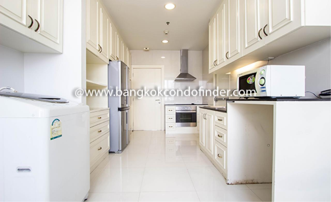 Bangkok Condo Finder Agency's Piyathip Place Apartment for Rent 6