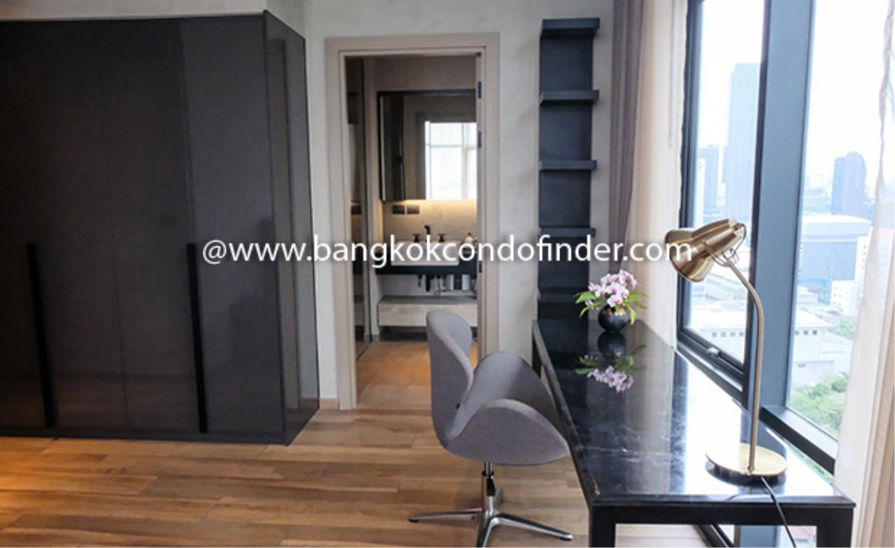 Bangkok Condo Finder Agency's The Lofts Asoke Condominium for Rent 10