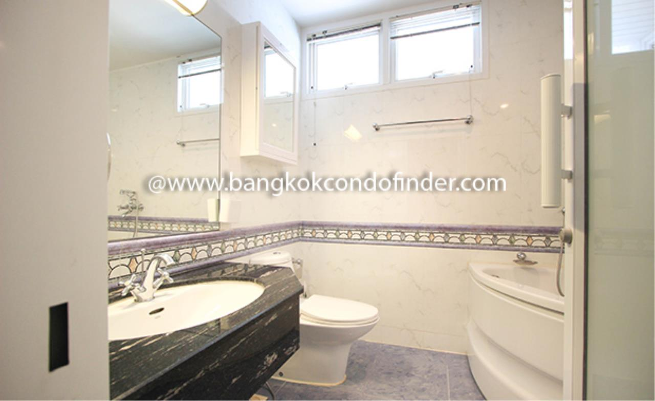 Bangkok Condo Finder Agency's Baan Thanon Sarasin Condominium for Rent 10