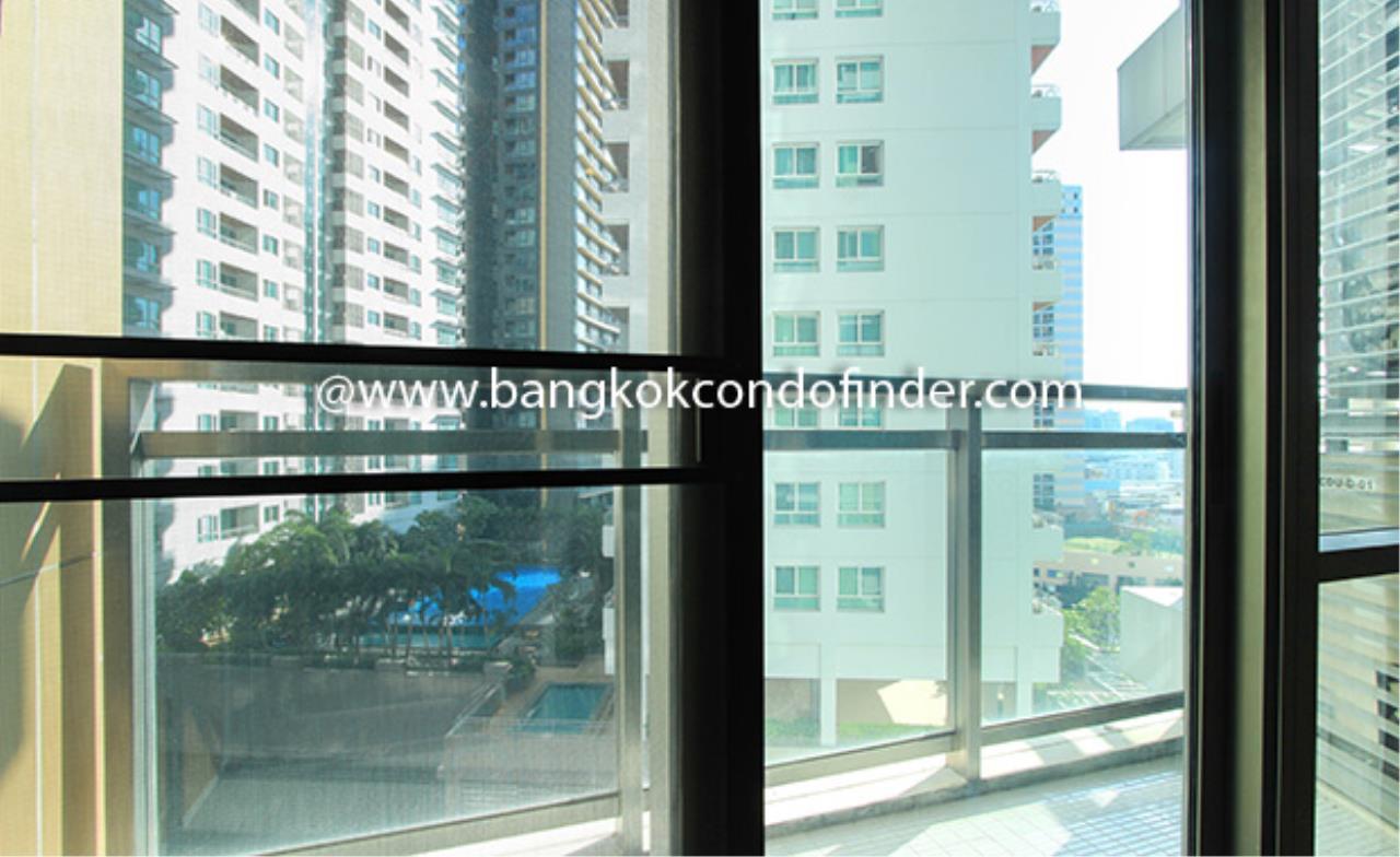 Bangkok Condo Finder Agency's The Bright Sukhumvit 24 Condominium for Rent 8