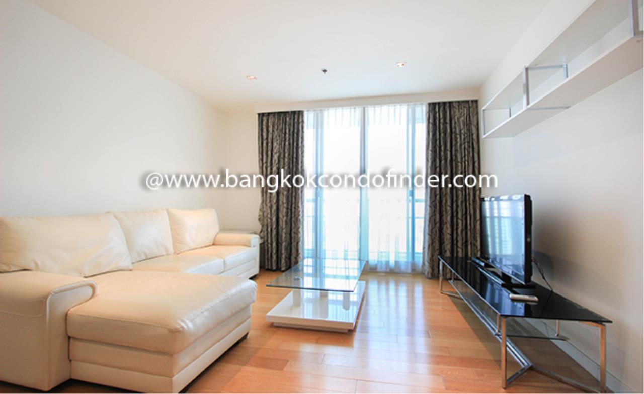 Bangkok Condo Finder Agency's Baan Thanon Sarasin Condominium for Rent 1