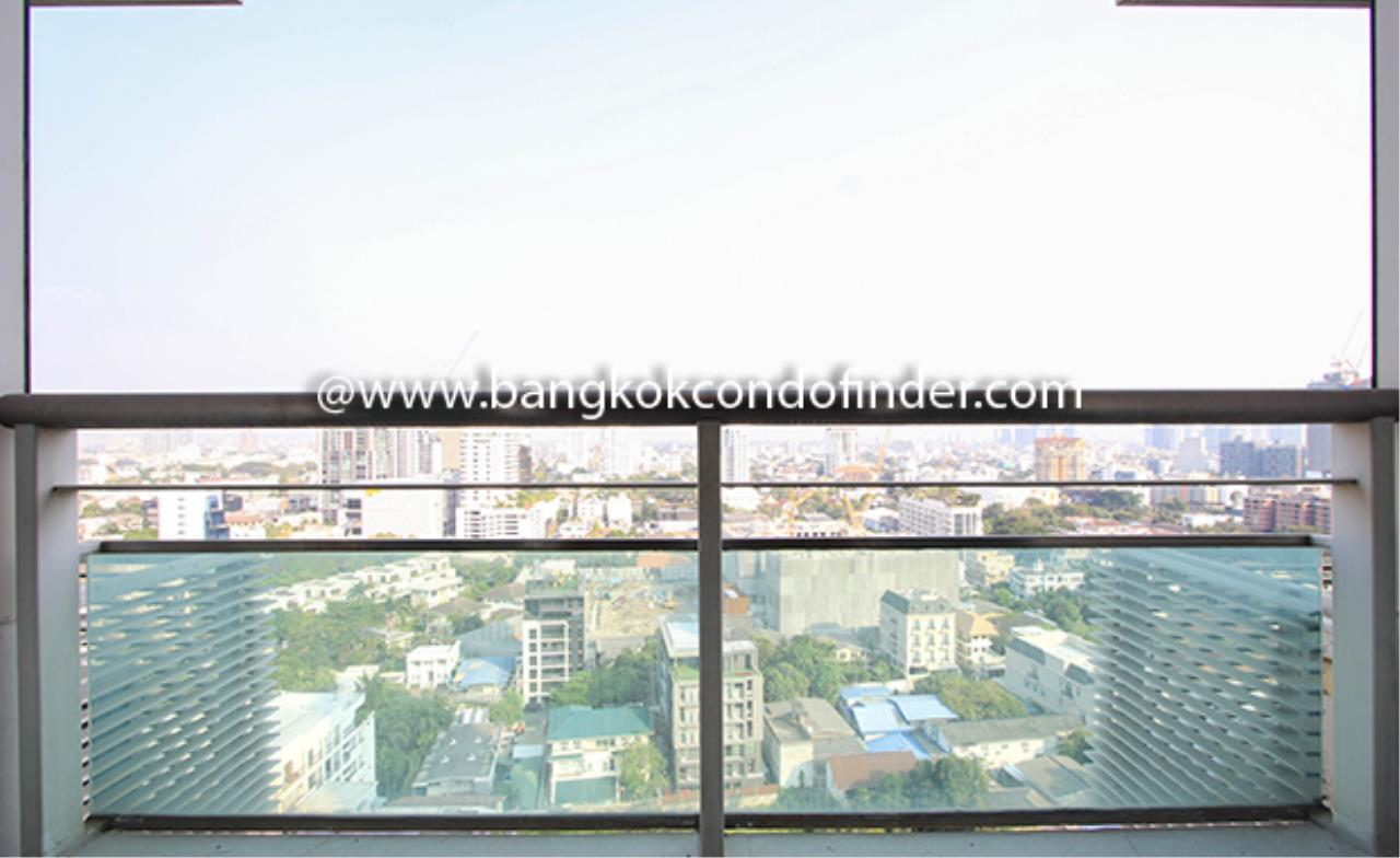 Bangkok Condo Finder Agency's Baan Thanon Sarasin Condominium for Rent 12
