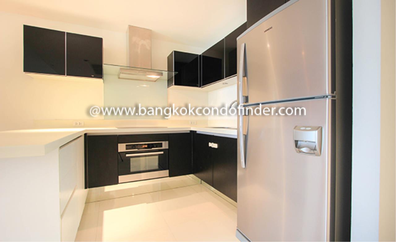 Bangkok Condo Finder Agency's Baan Thanon Sarasin Condominium for Rent 5