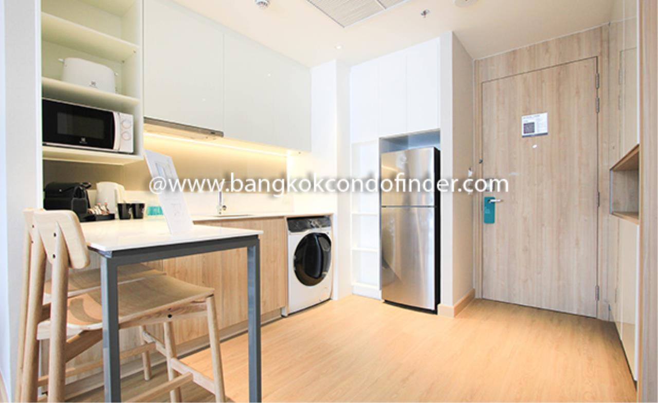 Bangkok Condo Finder Agency's Oakwood Suites Bangkok Serviced Apartment for Rent 3