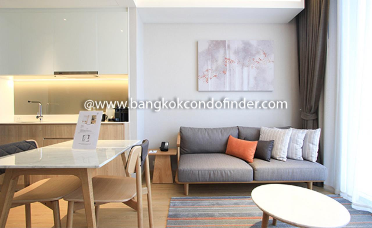 Bangkok Condo Finder Agency's Oakwood Residence Sukhumvit 24 Serviced Apartment for Rent 2