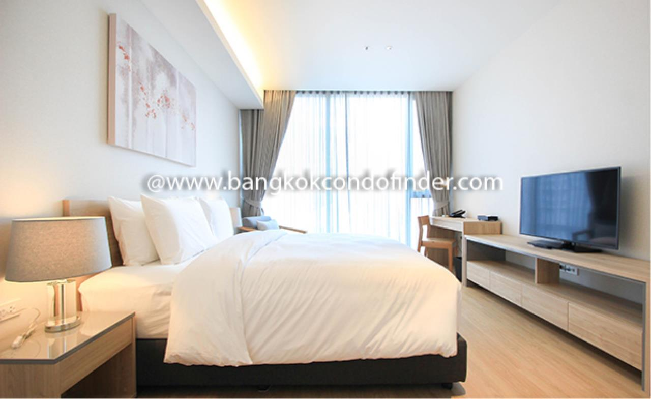 Bangkok Condo Finder Agency's Oakwood Suites Bangkok Serviced Apartment for Rent 5