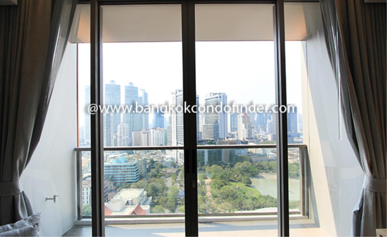 Bangkok Condo Finder Agency's Oakwood Suites Bangkok Serviced Apartment for Rent 11