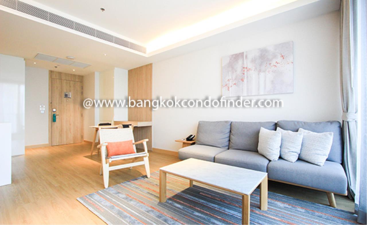 Bangkok Condo Finder Agency's Oakwood Suites Bangkok Serviced Apartment for Rent 1
