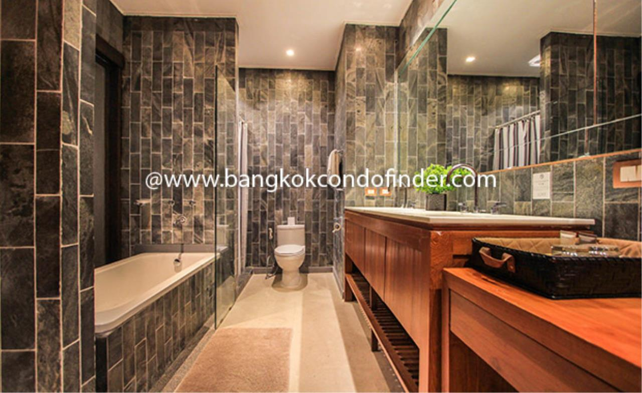 Bangkok Condo Finder Agency's Luxx Langsuan Condominium for Rent 11