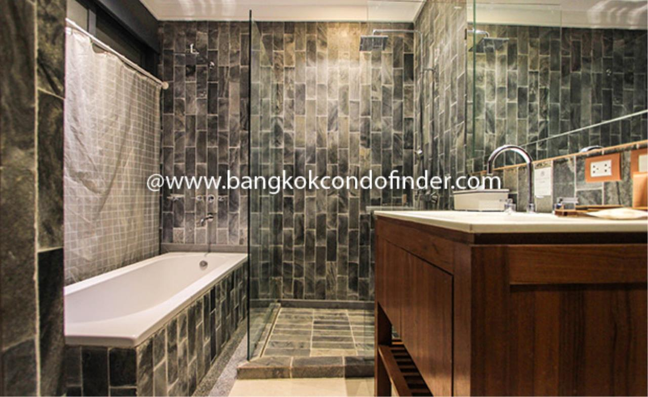 Bangkok Condo Finder Agency's Luxx Langsuan Condominium for Rent 14