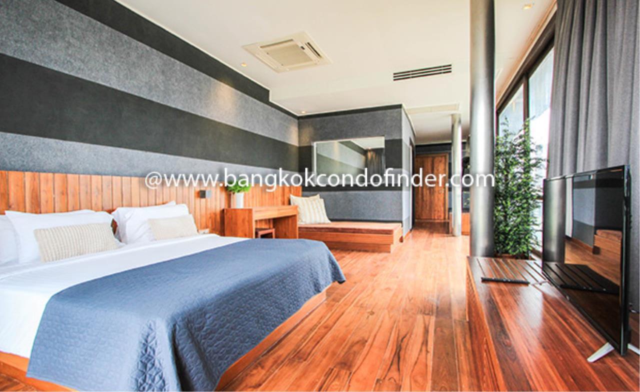 Bangkok Condo Finder Agency's Luxx Langsuan Condominium for Rent 9