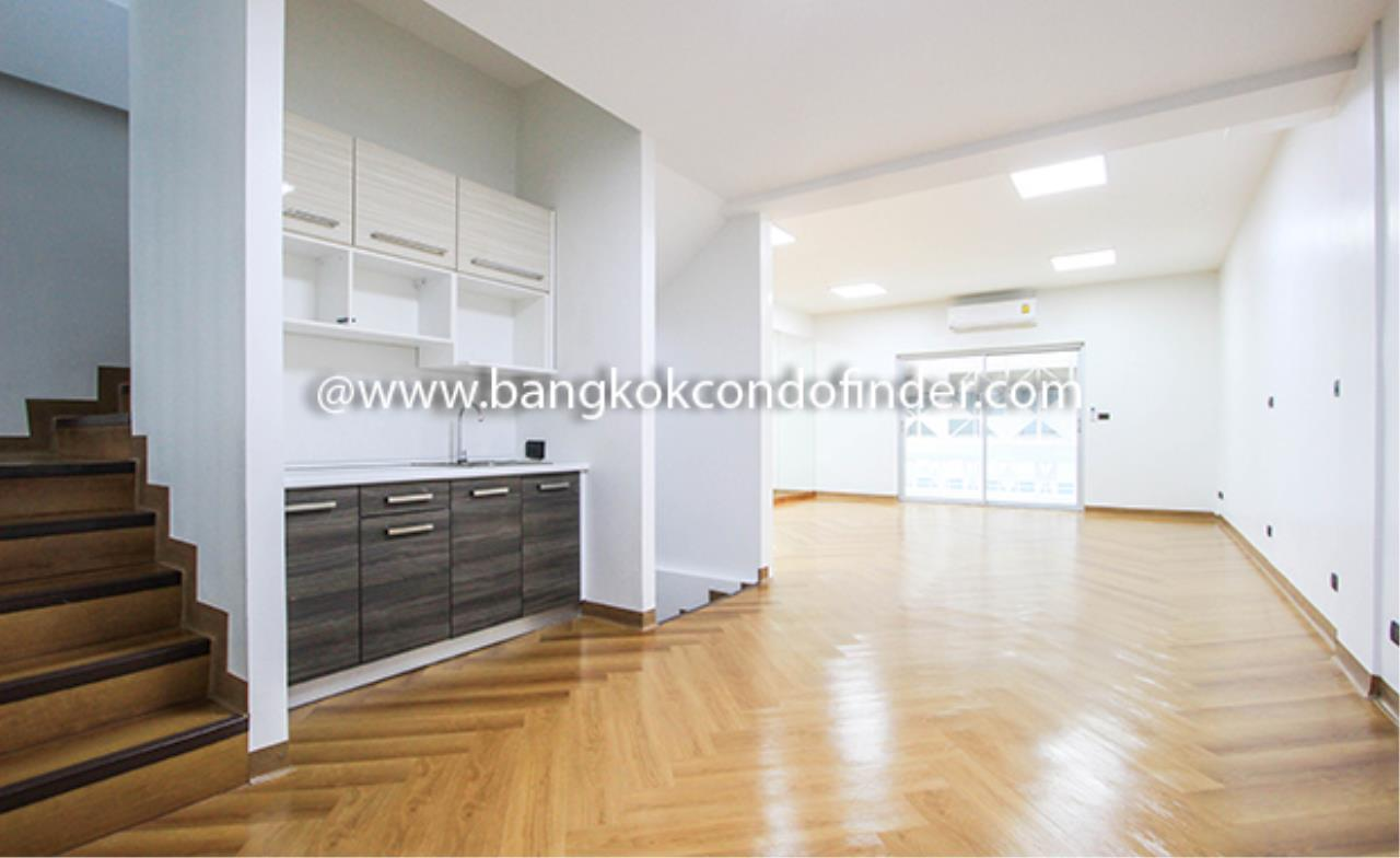 Bangkok Condo Finder Agency's Park Avenue Townhouse for Rent 13
