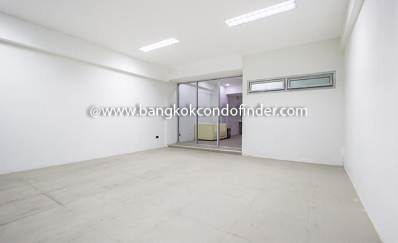 Bangkok Condo Finder Agency's Park Avenue Townhouse for Rent 2