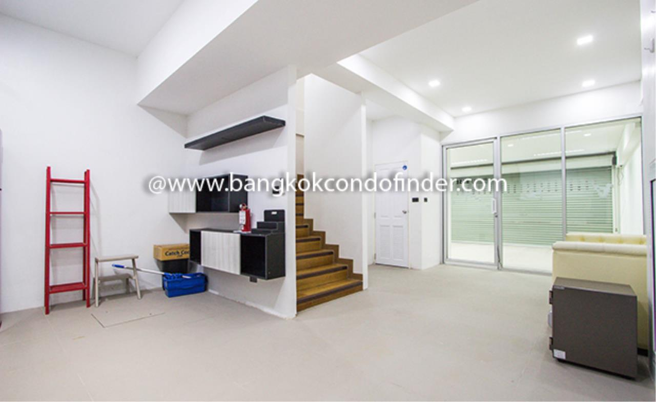 Bangkok Condo Finder Agency's Park Avenue Townhouse for Rent 3