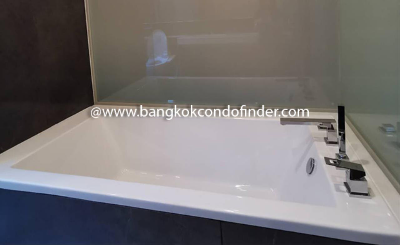 Bangkok Condo Finder Agency's The Esse at Singha Complex Condominium for Rent @ Asok 10