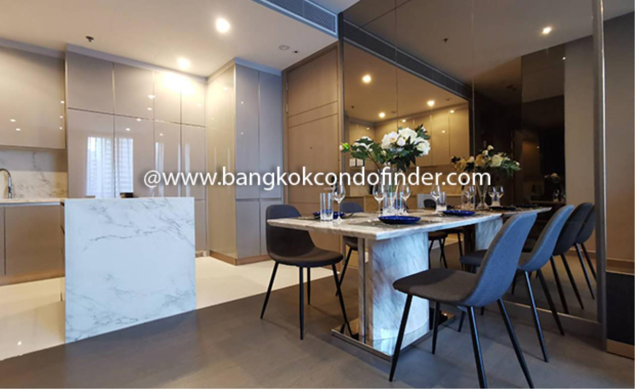 Bangkok Condo Finder Agency's The Esse at Singha Complex Condominium for Rent @ Asok 3