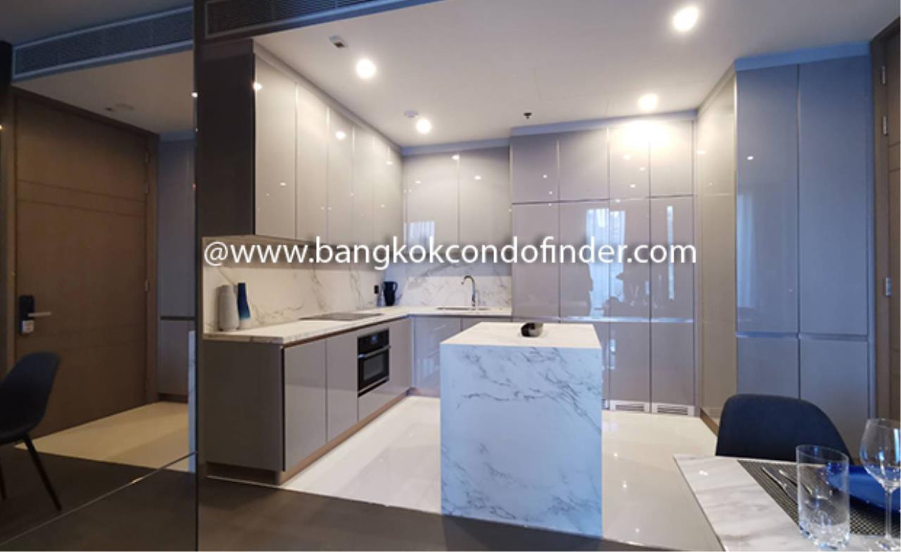 Bangkok Condo Finder Agency's The Esse at Singha Complex Condominium for Rent @ Asok 4