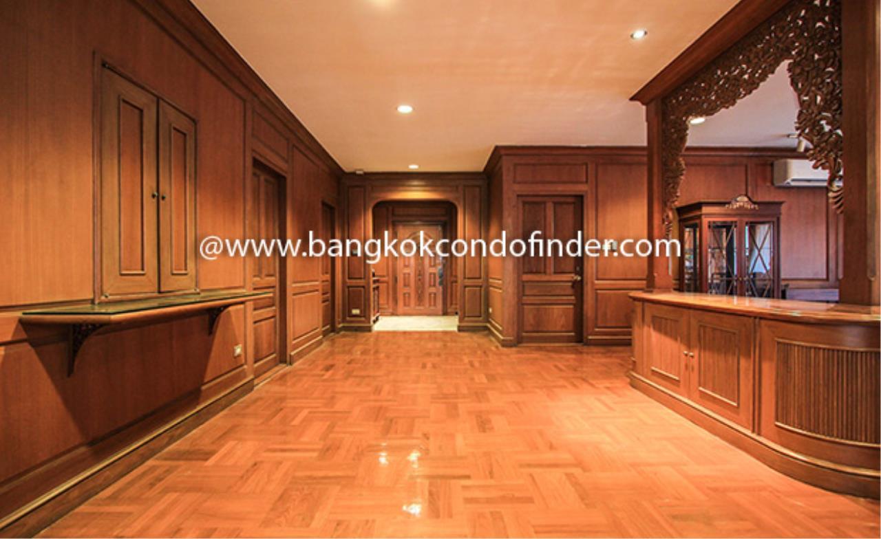 Bangkok Condo Finder Agency's Condominium for Rent in Sukhumvit 3 @ Nana 3