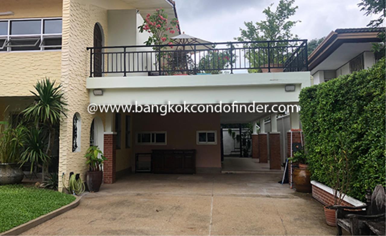 Bangkok Condo Finder Agency's Moobaan Panya House for Rent 1