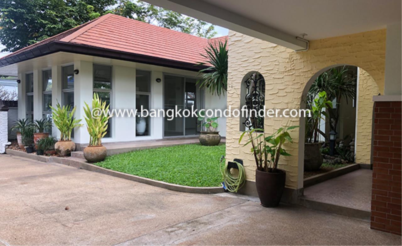 Bangkok Condo Finder Agency's Moobaan Panya House for Rent 2