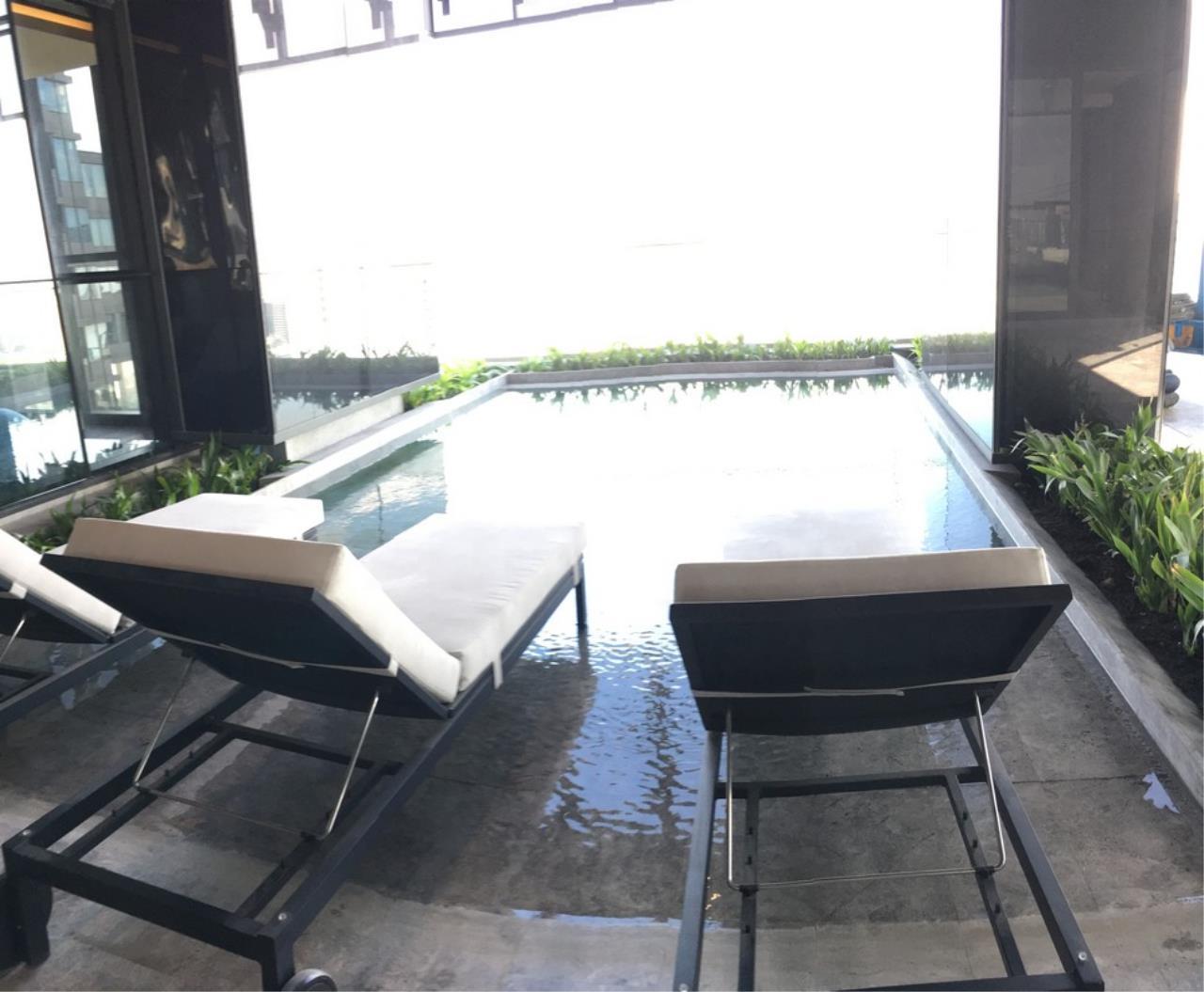 Agent - Chonticha Agency's Condo for sales ASHTON SILOM Corner Room 75.5 sqm 2 bed Chao Phaya River View 6