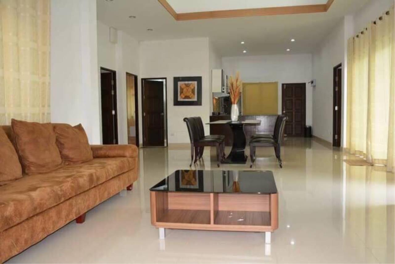 The 12 Real Estate Agency's BaanDusit  9