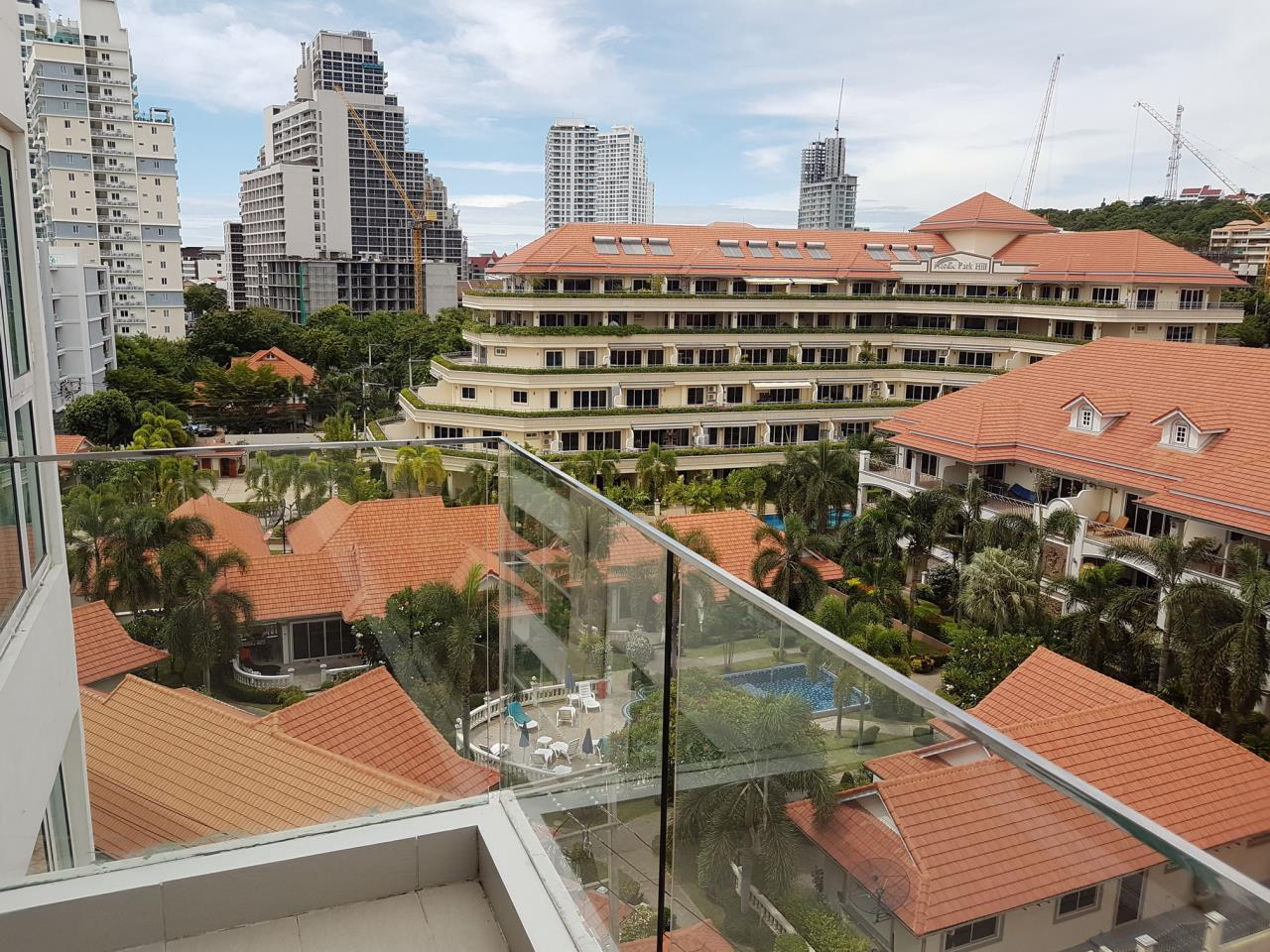 The 12 Real Estate Agency's Sunset Boulevard Residence 2 Condominium For Sale  4