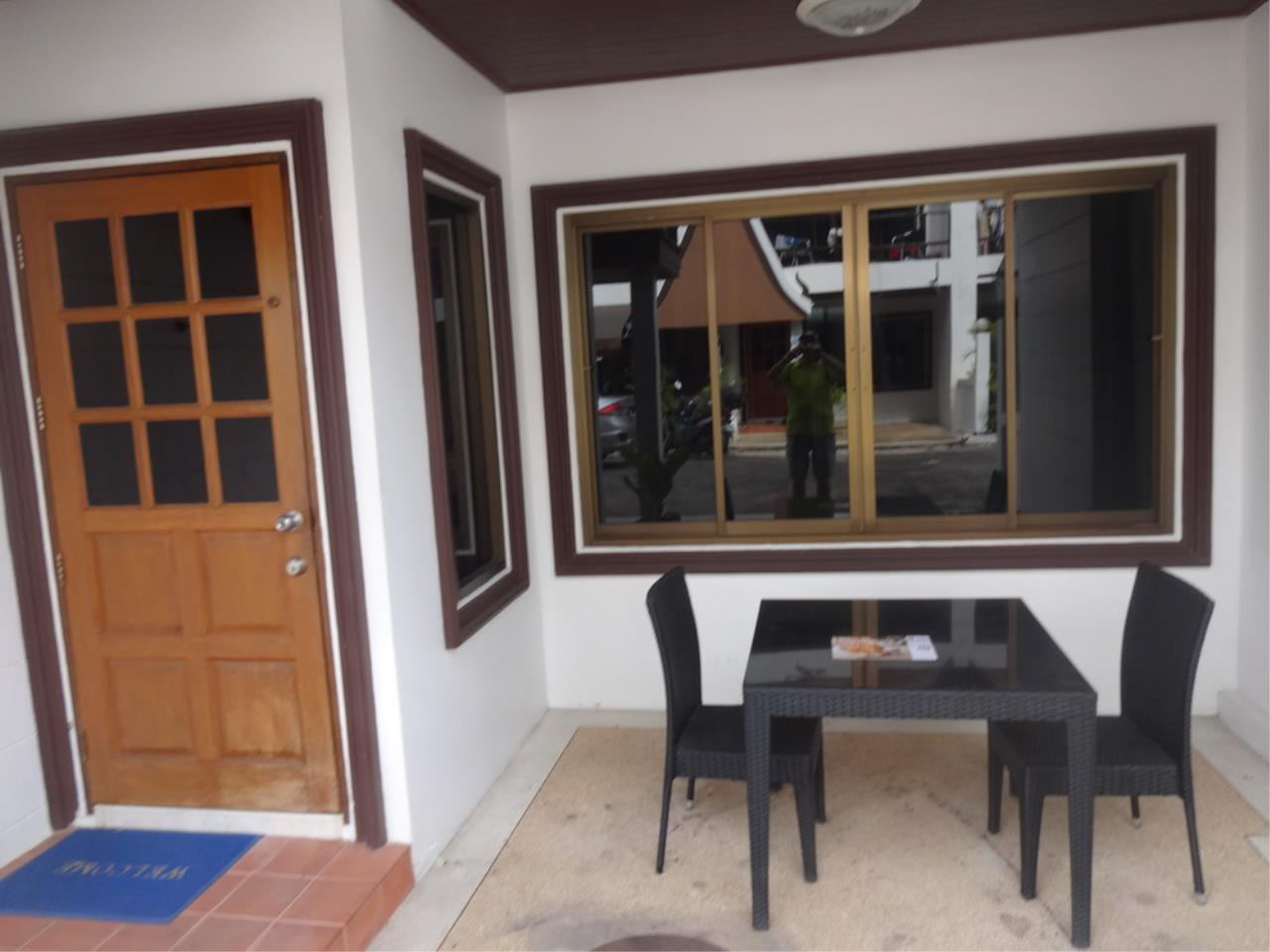The 12 Real Estate Agency's Townhouse For Sale In Pratumnak  6