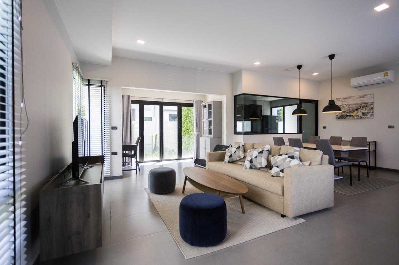 Hawk Eyes Property Bangkok Co.,Ltd. Agency's A single house, 3 bedrooms 3 bathroom + maid room 5